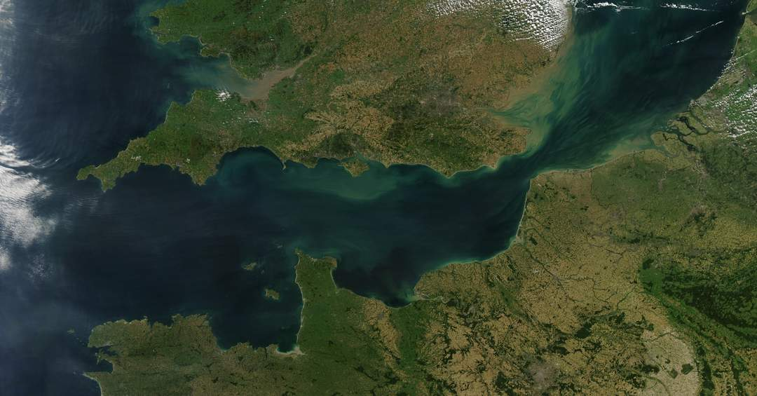 English Channel: Arm of the Atlantic Ocean that separates southern England from northern France