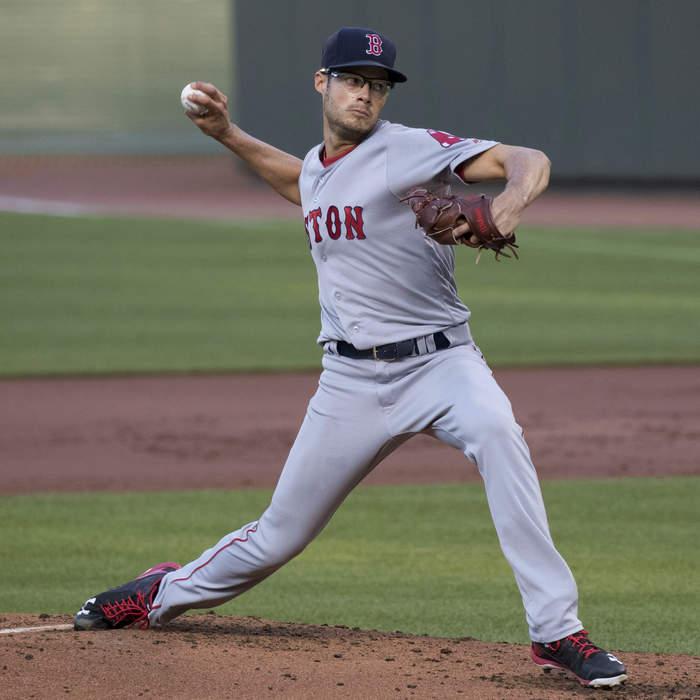 Joe Kelly (pitcher): American baseball player