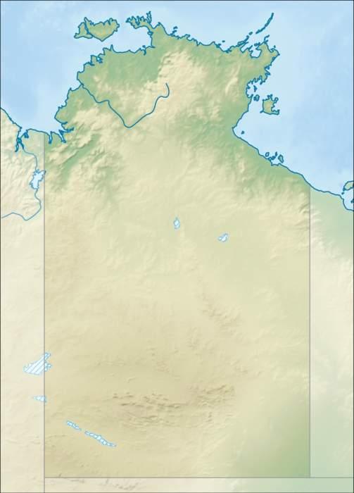 Uluru: Large sandstone isolated mount in Australia